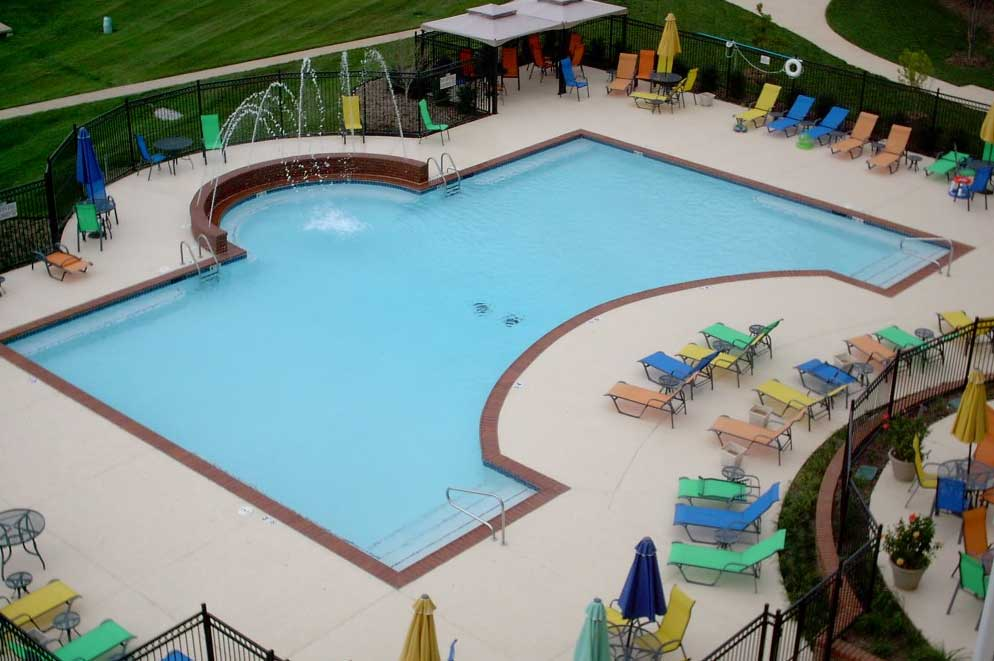 Chicago\'s Premier Custom Commercial Pool Builders | Sunset Pools