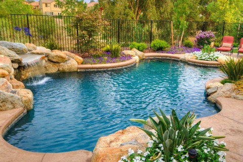 Pool Builders | Custom Swimming Pools | Pool Construction