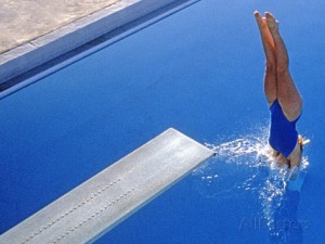 women-diving-into-the-pool