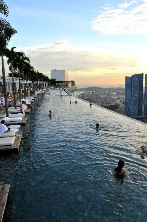 4 of the craziest hotel pools in the world - Crazy Swimming Pools