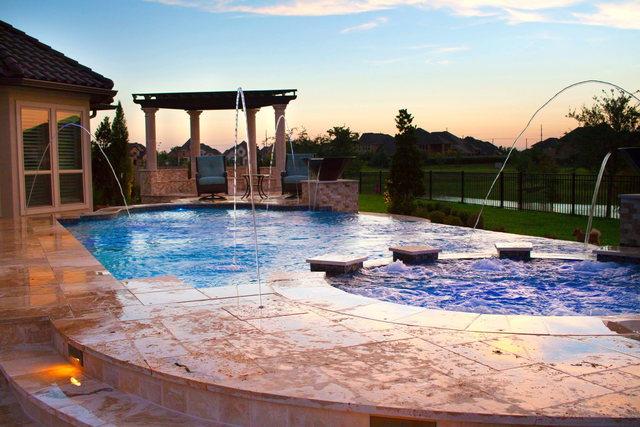 Houston spas installers houston texas pool builders for Local swimming pool companies