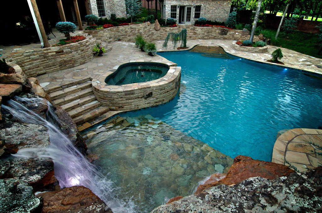 Should My Spa Be Attached Or Separate From The Pool Premier Pools Spas Pool Builders And Contractors