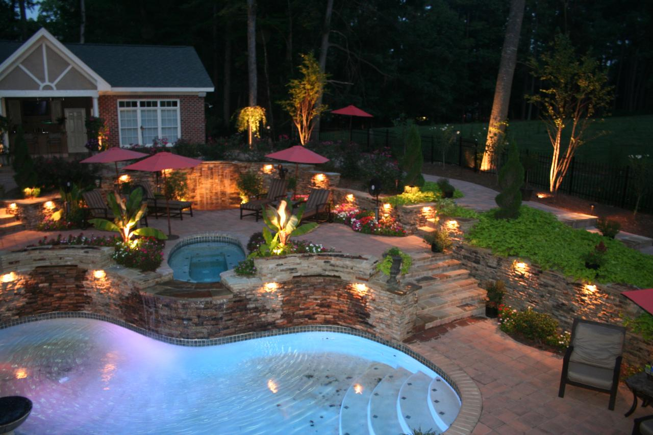 poolside decoration