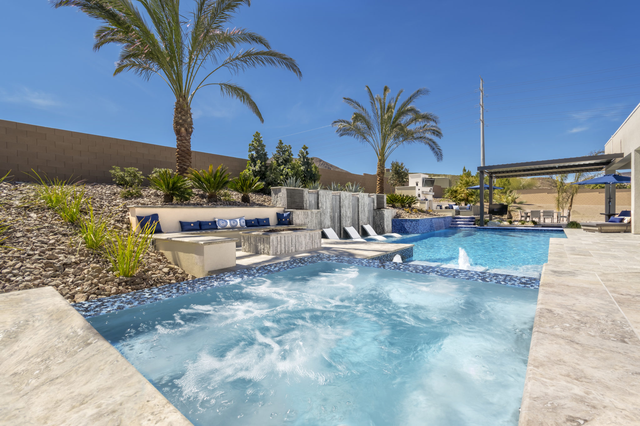 Austin Look Into Luxury Pools Designs For Your Backyard