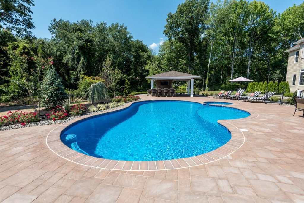 best pool shape oval