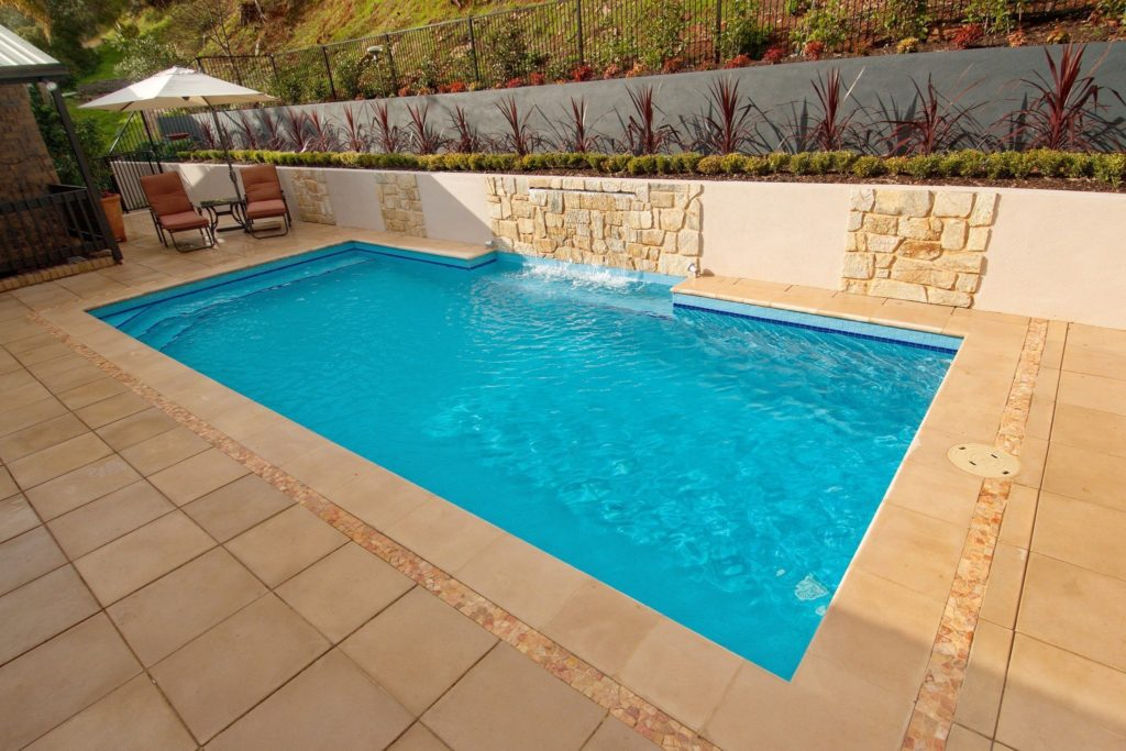 Fiberglass Swimming Pools Prices – How Much Does it Cost ...
