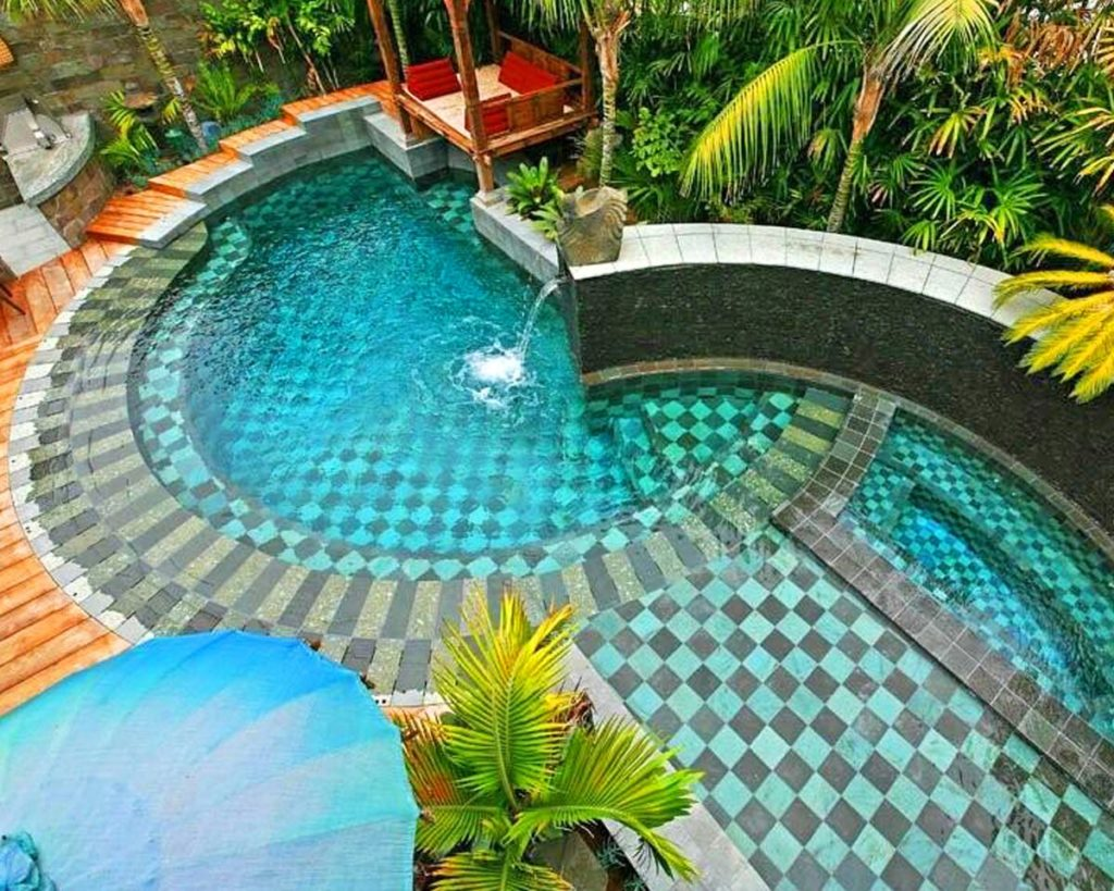 Swimming Pools Mosaic Tile – Finish Your Pool with Glass ...