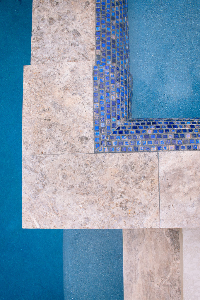 Choosing the Perfect type of Waterline Tile for your ...
