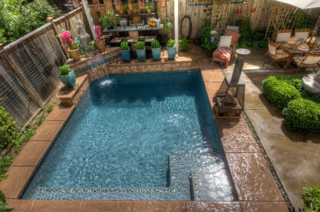 Consider Small Fiberglass Pools For Your Las Vegas