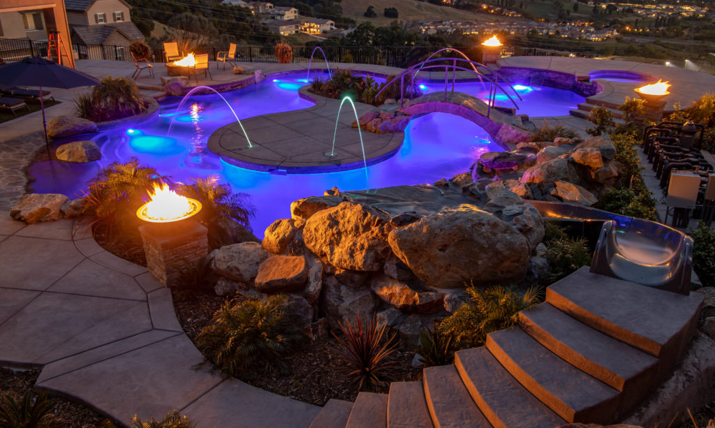 The Best swimming pool lights for your Phoenix Pool 3