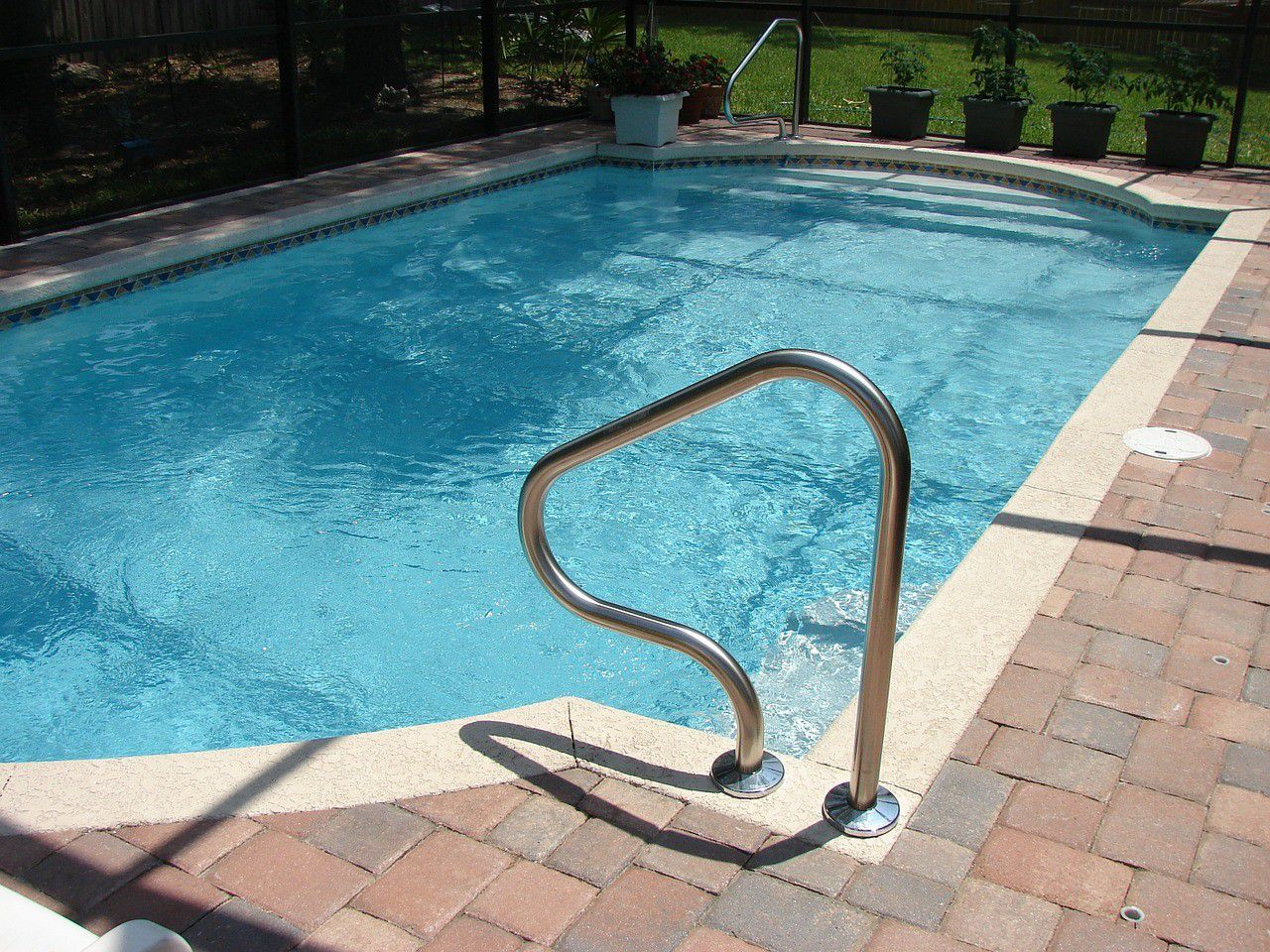 pool leaking